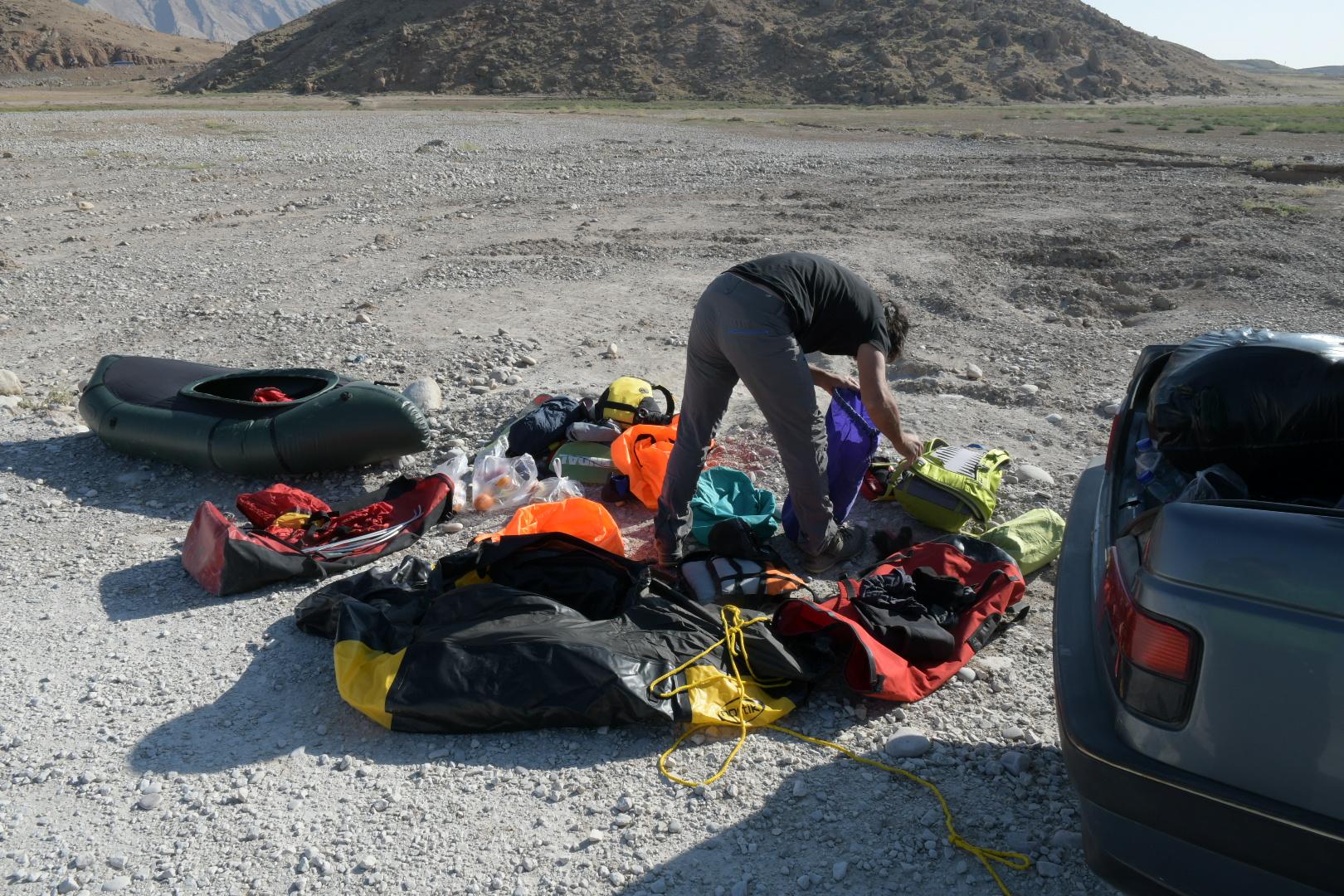 Iran mit Packraft Schweiz: Mag da alles 'rein?